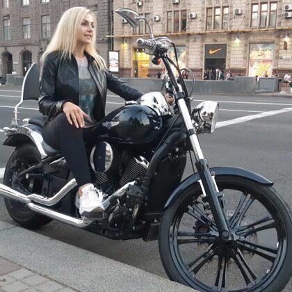 Прогулка на мотоцикле по Киеву